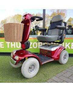 Tweedehands scootmobiel - Shoprider Deluxe TE-889SL Polka 4-wiel rood - incl. tas en nieuwe accu's