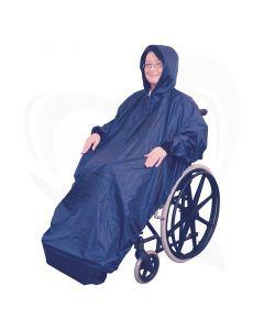 De rolstoel poncho met mouwen en fleece voering is een ideaal kledingstuk om u te beschermen tegen weer en wind.