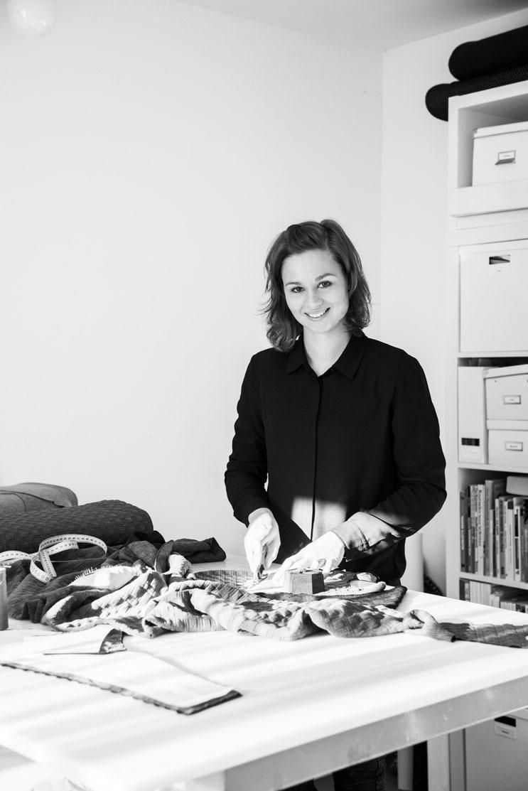 MOS Rolstoelkleding op maat by Alicia de Groot